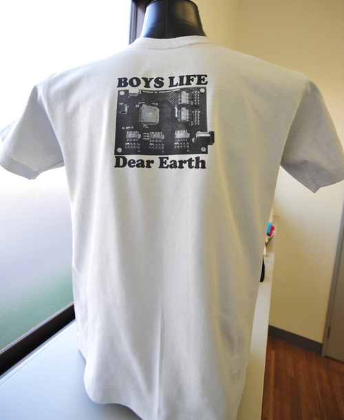 基板Tシャツ全体シルエット