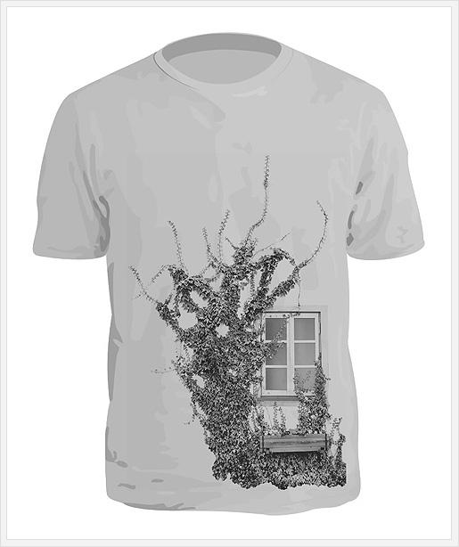 モノクロ調のTシャツ